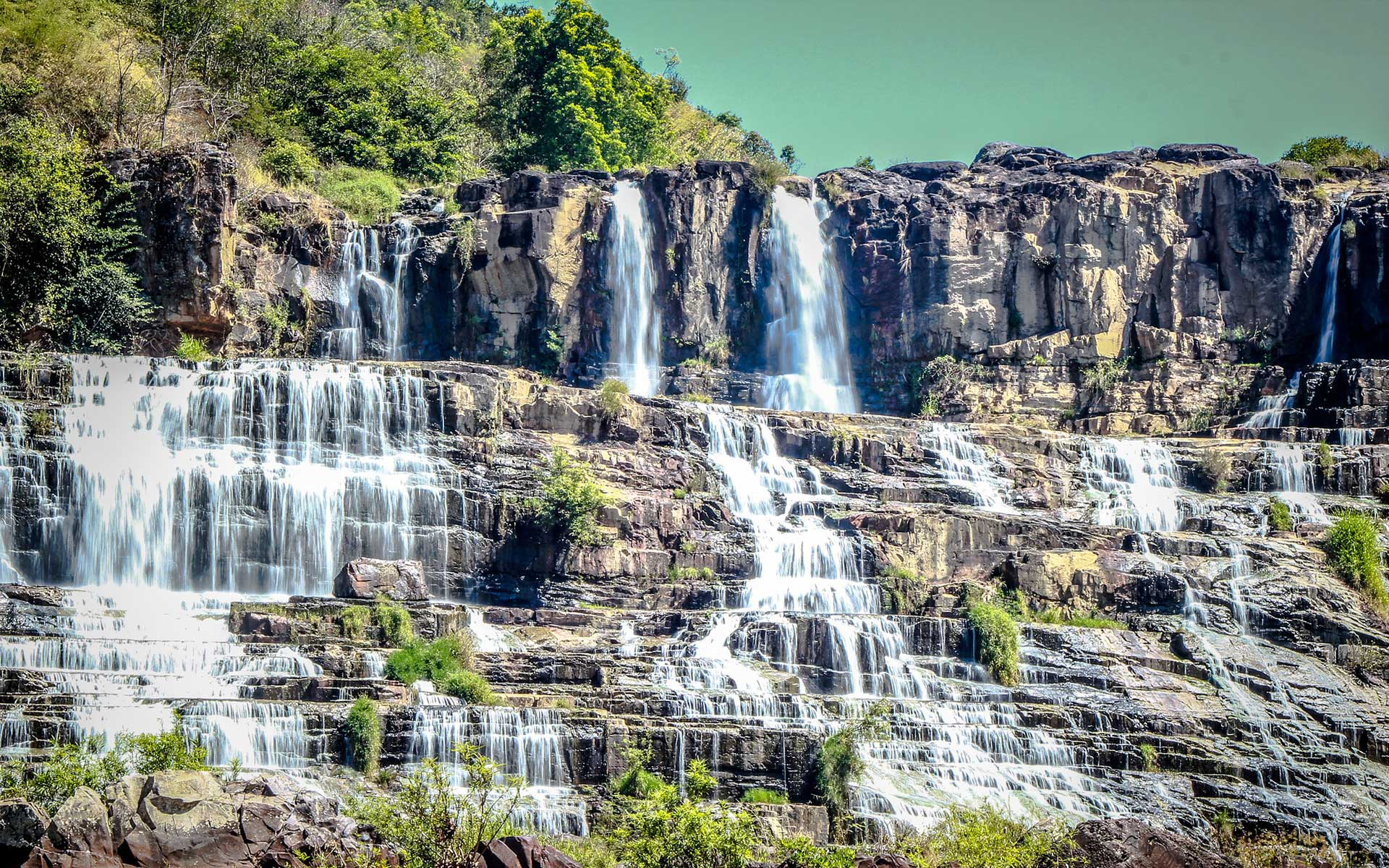ponguor waterfall 04b99