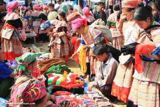 Genuine ethnic minority Bac Ha market