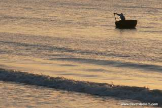 A fishing boat on the endless sea