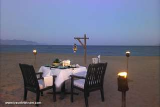 Cozy dinner on Nha Trang beach