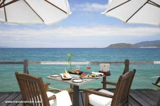 Breakfast with panoramic ocean view