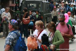Foreign tourists visiting Sapa town