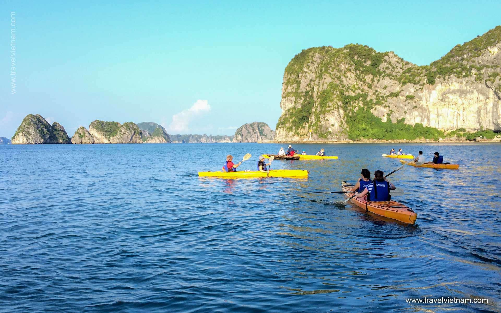 Kayak in Halong Bay