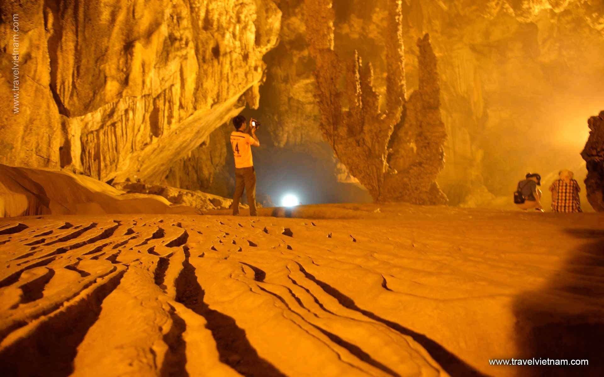 Discover the caves