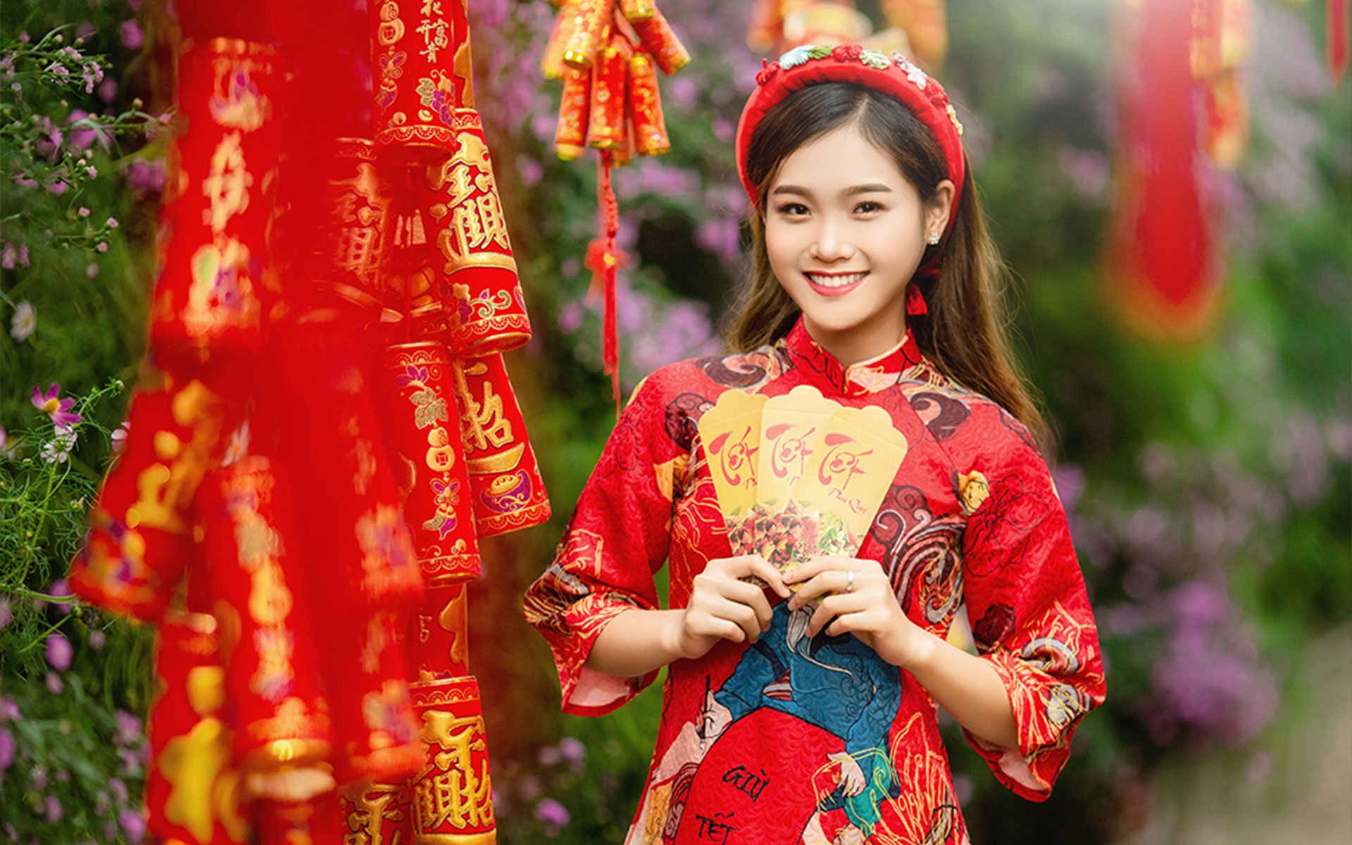 """Li Xi"" Or Lucky Money In Vietnamese Culture"