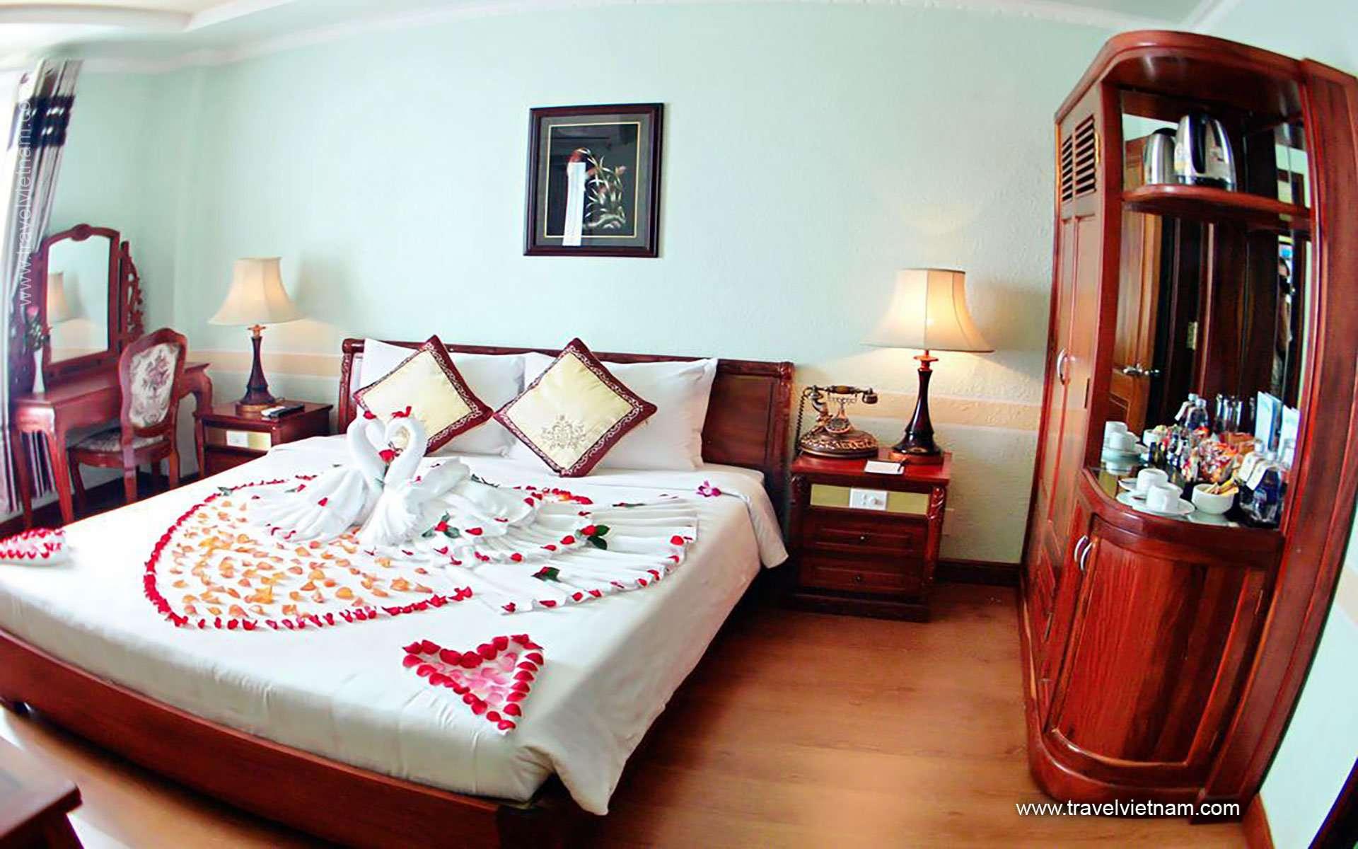 Ninh Kieu 2 - Hoa Binh Hotel