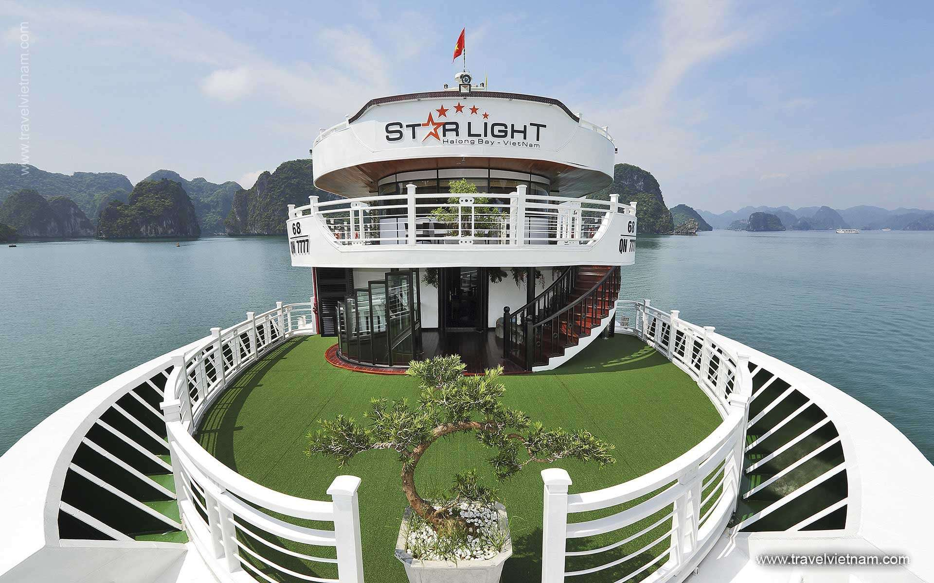 Starlight Cruises