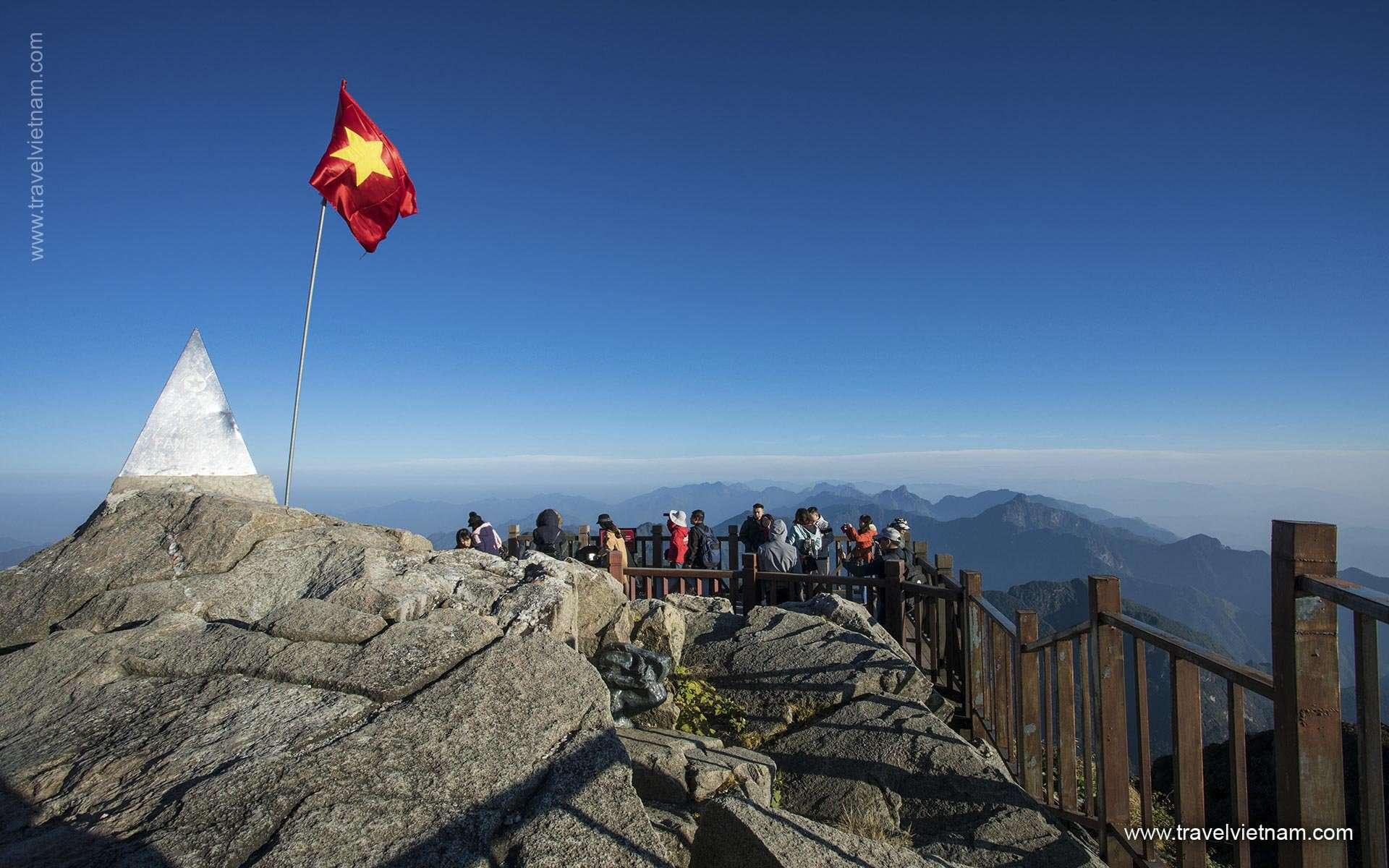 Trekking La Montagna Di Fansipang – 9 Giorni 8 Notti