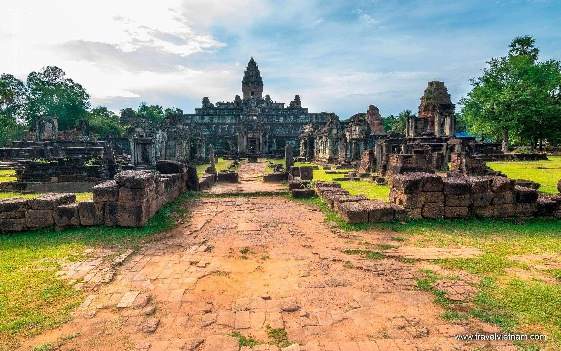 From Halong Bay to Angkor Wat
