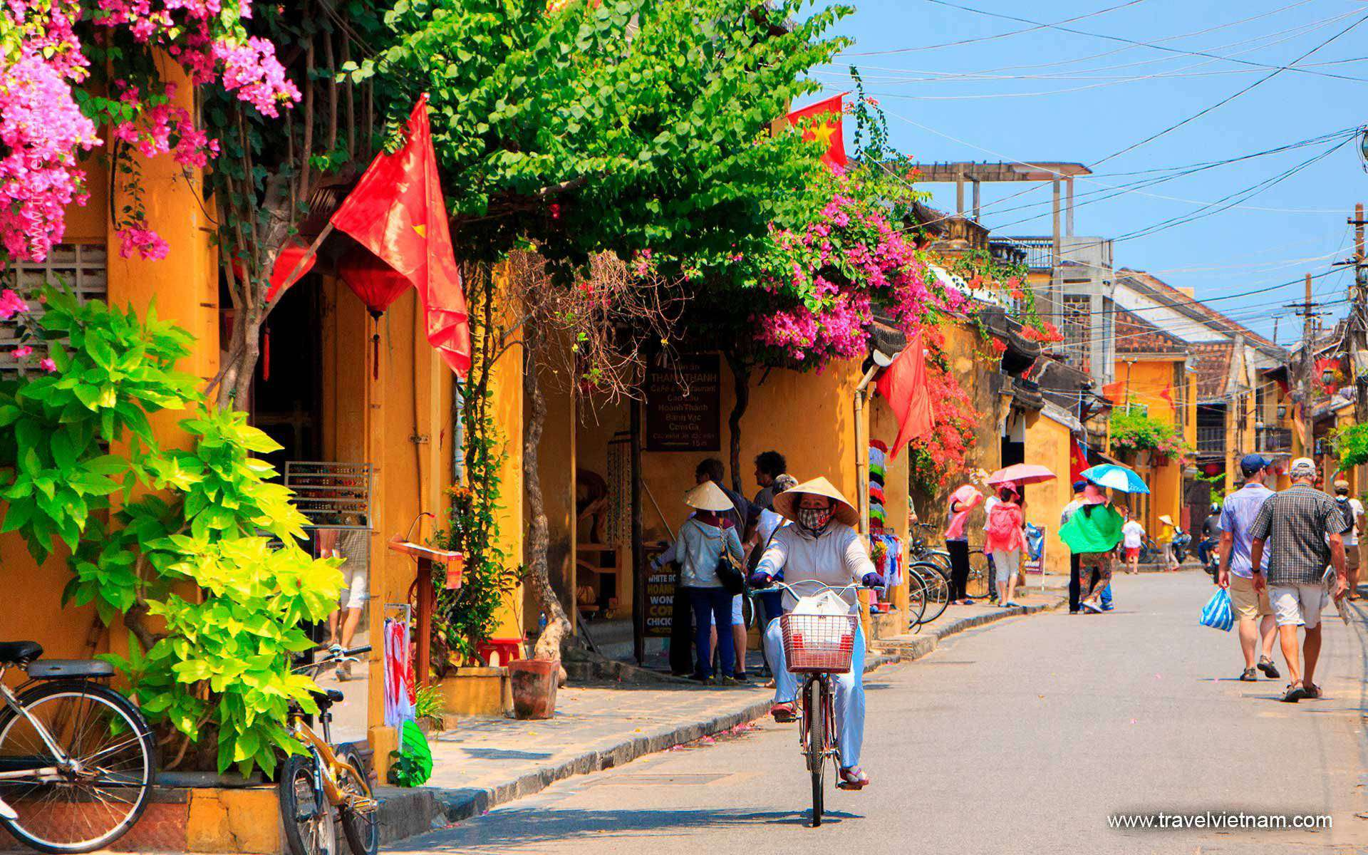 Hanoi - Halong Bay - Danang & Hoian - Promotion