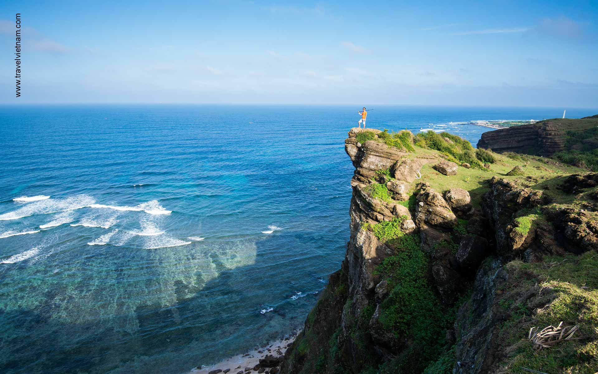 Vietnam's Islands appealing to foreign travelers