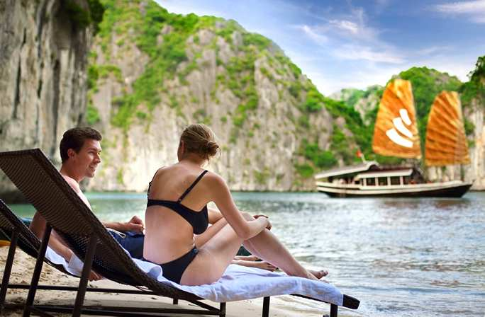 Halong Romantic1